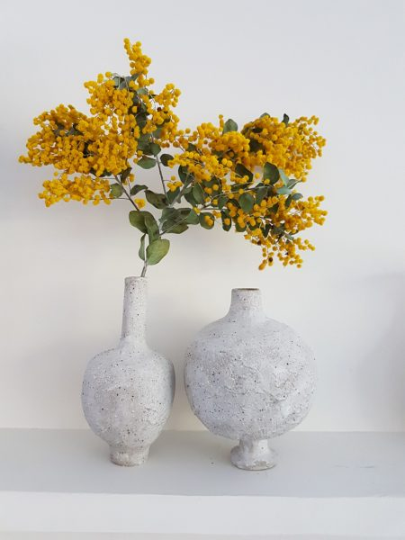 Katarina Wells - Chalk Vase 3 - Ceramic Sculpture
