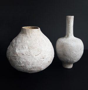 Katarina Wells - Chalk Vase 3 - Ceramic Sculpture