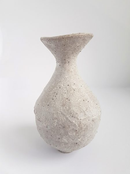 Katarina Wells - Chalk Vase 2 - Ceramic Sculpture