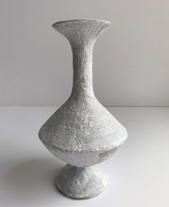 Katarina Wells - Small Hip Vase (Chalk) - Ceramic Sculpture