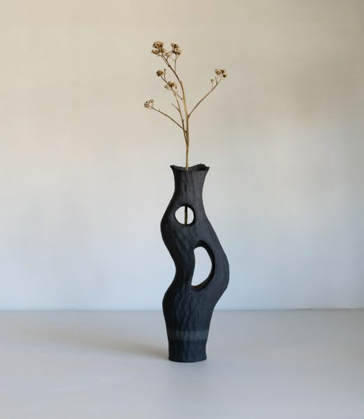 Kerryn Levy - Onishi Vase 20.27 - Ceramic Sculpture