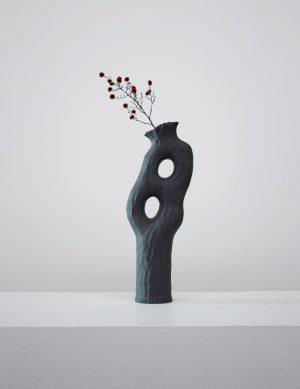 Kerryn Levy - Onishi Vase #21.025 - Sculpture